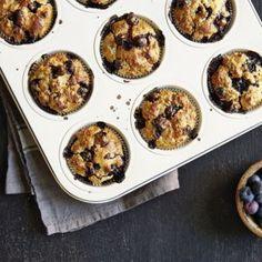 Schneller Heidelbeer-Mascarpone-Kuchen Rezept | Küchengötter Cupcakes, Food And Drink, Baking, Healthy, Breakfast, Recipes, Bar Cart, Recipes With Mascarpone, Yogurt