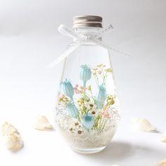 Dried Flower Arrangements, Dried Flowers, Flower Bottle, Lavender Garden, Craft Supplies, Glass Vase, Christmas Crafts, Artsy, Bulb