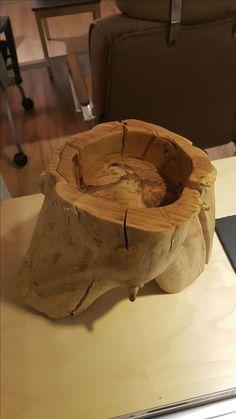 있는 그대로 껍질을 벗겨낸. #wood #carving #bowl