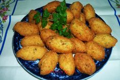 Confort Food, Portugal, Portuguese Recipes, Portuguese Food, Corn Dogs, Fish And Seafood, Catering, Menu, Potatoes