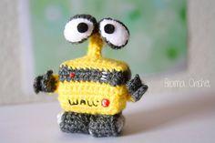 WallE Amigurumi crochet doll by BramaCrochet on Etsy, $15,40