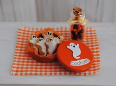 Miniature Ghost Cookies! (1:12 scale)