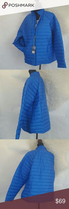 """30% OFF 2+🚨NWT Pack 1X Puffer Jacket Winter Coat Tek Gear Plus Size Puffer Jacket. New with tags! Lightweight enough to pack, yet still warm.Size : 1x MSRP: $80.00 * 2 zippered pockets * Zip front * Long sleeves * Polyester * Machine Wash Approximate flat measurements : Length: 27 inches underarm to underarm: 25"""" A gorgeous blue shade! tek gear Jackets & Coats Puffers"""
