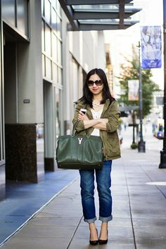 30 Outfits in a Bag: Boyfriend Jeans & Wrap-Up - Fast Food & Fast Fashion | a personal style blog