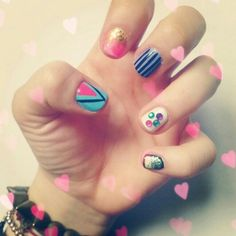 ✌ #nails #nailart #simple #nailmania #nailgasm