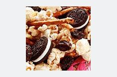 What do you get when you add Mini OREO Cookies to cinnamon-sugar-sprinkled popcorn, pretzels, nuts and raisins? You get deliciousness. Fun Food, Good Food, Snack Mixes, Party Mix, Movie Party, Sugar And Spice, Popcorn, Oreo, Waffles