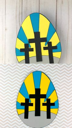 He Is Risen! Easter craft for Sunday School. Easy Christ-centered religious Easter craft with template Bible Crafts, Paper Crafts, Easter Cards Religious, Easter Arts And Crafts, Halloween Crafts For Toddlers, Cross Crafts, Halloween Door Decorations, Sunday School Crafts, Preschool Crafts