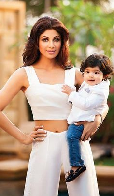 Bollywood celebrities have taken the cool quotient a notch higher with unique baby names that have become trendsetters. We bring a list of unique celebrity baby names and their meanings just in case you want to take a cue from the stars. Bollywood Photos, Bollywood Actors, Bollywood Celebrities, Bollywood Fashion, Shilpa Shetty Photo, Mom Body, Hello Magazine, Celebrity Baby Names, Indian Celebrities