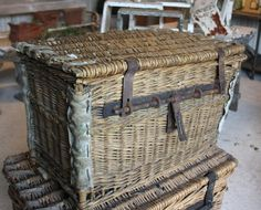 So damn lovely it makes me shiver . French Baskets, Old Baskets, Vintage Baskets, Wire Baskets, Wicker Trunk, Love Store, Antique Metal, Antique Shops, Cubbies