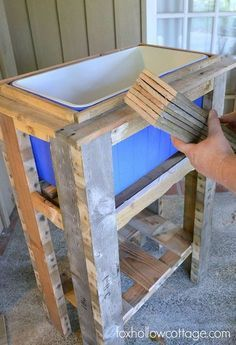How To Build A Wood Deck Cooler Step – DIY Wood Deck Cooler Related posts: How to Build a Rustic Cooler from FREE Pallet Wood / Home Repair Tutor DIY Outdoor Cooler Deck Box How to Build a Patio Cooler New diy outdoor cooler table built … Deck Cooler, Wood Cooler, Pallet Cooler, Outdoor Cooler, Cooler Stand, Cooler Cart, Ice Chest Cooler, Cooler Box, Diy Pallet Projects