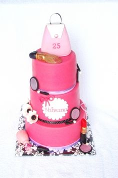 Make up cake By Lindasuus on CakeCentral.com