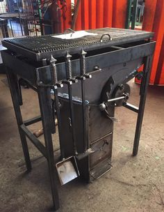 Best Charcoal Grill Under 150 Dollars Diy Grill, Grill Oven, Barbecue Design, Grill Design, Outdoor Oven, Outdoor Cooking, Custom Bbq Smokers, Parrilla Exterior, Open Fire Cooking