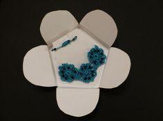 bracelet ajustable crocheté, agrémenté de perles