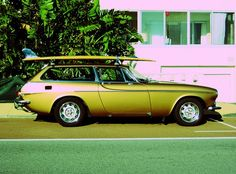 Surfwagon - Volvo P1800