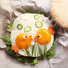 Cute fish food art by Michelle Lim ( – Fish Supplies Cute Snacks, Cute Food, Good Food, Yummy Food, Bento Recipes, Baby Food Recipes, Fun Recipes, Food Crafts, Diy Food