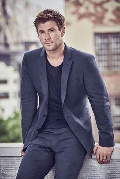 Hemsworth thor in 2019 мужчины, фотографии Chris Hemsworth Movies, Hemsworth Brothers, Chris Hemsworth Thor, Good Poses, Poses For Men, Snowwhite And The Huntsman, Australian Actors, My Life Style, Man Thing Marvel