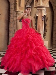 Sexy-Coral-Red-Quinceanera-Dress-Sweetheart-Ruffles-Organza-Ball-Gown-970.jpg (3597×4796)