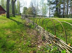 arched waddle fencing