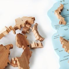 Wooden World Map Puzzles World Map Puzzle, Globe Decor, Map Wall Decor, Country Maps, Puzzles, Homeschool, Crafts, Puzzle, Manualidades