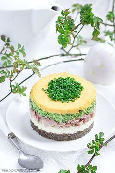 Bunny cake for Easter na Stylowi. Easter Recipes, Holiday Recipes, Cake Sandwich, Good Food, Yummy Food, Xmas Food, Russian Recipes, Brunch, Dessert Drinks