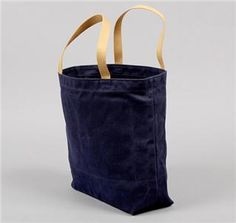 WAXED TWILL TOTE NAVY WITH ORANGE LINING HICKOREE'S HARD GOODS
