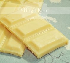 HOMEMADE SUGAR-FREE WHITE CHOCOLATE - low carb! What a find!!!!! :)
