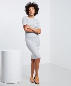 Gina Tricot offers online fashion for women of all ages, with new arrivals of dresses and tunics every day. Gina Tricot, Boat Neck, Fashion Online, Short Dresses, Short Sleeves, Tunic, Womens Fashion, Skirts, Clothes