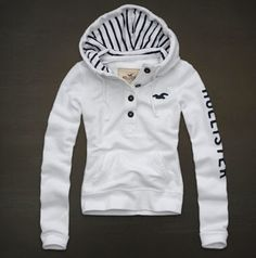 Hollister is the fantasy of Southern California, with clothing that's effortlessly cool and totally accessible. Shop jeans, t-shirts, dresses, jackets and more. Hollister Outfit, Hollister Clothes, Hollister Hoodie, Hollister Jackets, Hollister Shirts, Hoodie Sweatshirts, Comfy Hoodies, Mode Outfits, Fashion Outfits