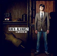 LA MITAD DEL NO, DE RAFA ÁLVAREZ. Por MA Blanco.  Rafa Álvarez es uno de los jóvenes cantantes andaluces llamados a disfrutar de una larga carrera musical, si las circunstancias por las que pasa la industria cultural no lo impiden. Podríamos definirlo como cantautor de raíz andaluza. Aunque él no es fan de que se le etiquete como cantautor y encuentra en clásicos como Raphael, jienense igual que él, motivos de inspiración, pero manteniendo su estilo.  #musica #cultura