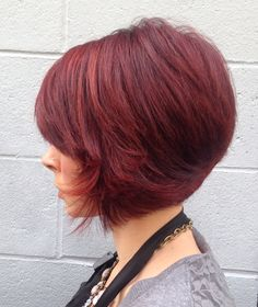 Beautiful color and haircut!