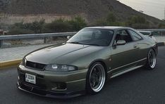 If you think that it is good with intuition, it's RT ✌️ See cars / bikes videos that you see with your eyes goo.to/video # - Today Pin Nissan Skyline Gtr R33, 2015 Nissan Gtr, Nissan R33, R33 Gtr, Cars Usa, Tuner Cars, Japan Cars, Modified Cars, Sport Cars