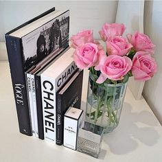 Really girly chanel vintage decor white roses for the living room, pink for the…