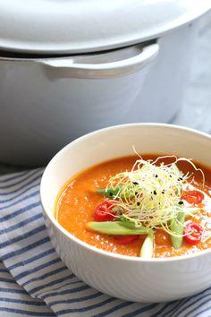 zoete aardappel soep met tomaat www.jaimyskitchen.nl Brie, Pasta, Thai Red Curry, Good Food, Brunch, Food And Drink, Healthy Recipes, Healthy Food, Cooking
