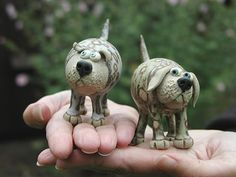 pottery dogs