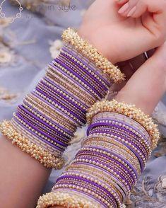 Indian Bridal Jewelry Sets, Bridal Bangles, Stylish Jewelry, Fashion Jewelry, Thread Bangles Design, Jewelry Design Earrings, Jewellery, Bangle Set, Wallet