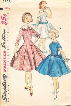1955 Simplicity #Girls #Dress #Vintage #Sewing #Pattern (Age-7)