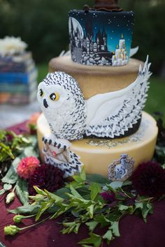 Elegantly gorgeous Harry Potter wedding inspiration (with a cake to die for!)