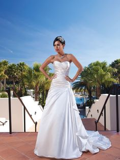 Glamorous sleeveless A-line floor-length wedding dress