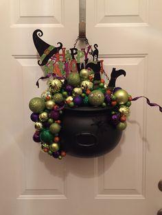 40 Amazing Halloween Wreaths for Front Door DIY Ideas - Ethinify Halloween Prop, Halloween Imagem, Halloween Witch Wreath, Halloween Ribbon, Halloween Door Decorations, Halloween Labels, Halloween Trees, Halloween Party Decor, Dollar Store Halloween