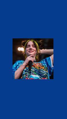 Billie Eilish, Black Hair Kpop, Lock Screen Wallpaper, Wallpaper Lockscreen, Blue Wallpapers, Aesthetic Iphone Wallpaper, American Singers, Favorite Person, Michael Jackson