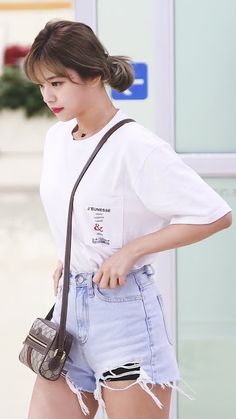 Find images and videos about kpop, twice and jeongyeon on We Heart It - the app to get lost in what you love. Twice Jungyeon, Twice Kpop, Kpop Fashion, Korean Fashion, Fashion Outfits, Airport Fashion, Suwon, K Pop, Kpop Mode