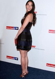 """Olivia Munn Feels Honored to Be Among Courageous Journalists in Sophia Webster """"Aria"""" Heels"""