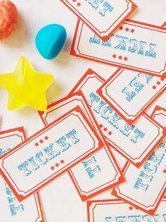 Imprimez vos billets pour vos fêtes sur le thème du cirque et soyez les bienvenus sous le grand chapiteau de Momes !