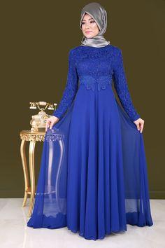 Şifon Kuyruklu Tesettür Abiye Saks Ürün Kodu: ECH7153 --> 159.90 TL Hijab Evening Dress, Hijab Dress Party, Evening Dresses, Muslim Women Fashion, Islamic Fashion, Abaya Fashion, Fashion Dresses, Estilo Abaya, Dress Brokat