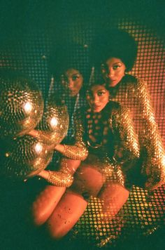 It's time we awoke from our disco-nap & continued along on our experimental journey of bringing to you what lights.Genesy Roger (IG: photographed by A. Smith for Cake Magazine. Disco Party, Disco Ball, 70s Aesthetic, Black Girl Aesthetic, Mode Disco, Disco 70s, Disco Night, Sugarhigh Lovestoned, Petra Collins