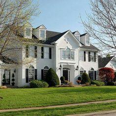 I'd take this house. Pretty!!!