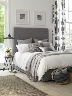 New home? Feel like you need to revamp your bedroom? These 20 Master Bedroom Decor Ideas will give you all the inspiration you need! Come and check them out - Modern Bedroom Small Master Bedroom, Bedding Master Bedroom, Master Bedroom Design, Home Bedroom, Modern Bedroom, Bedroom Designs, Master Bedrooms, Bedroom Carpet, Gray Bedroom