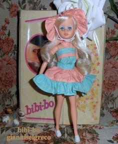 O bibi-bo é linda e doce como uma flor! Биби-Бо је лепа и слатка као цвет! ビビ-boが美しく、花のように甘いです! وبو بيبي جميل والحلو وزهرة!