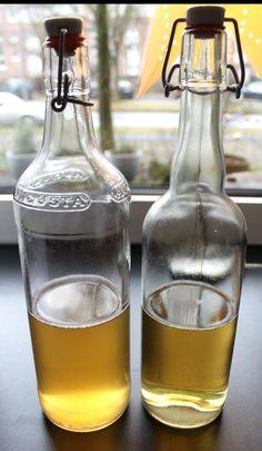 Quittenlikör für ganz Geduldige - verwendet werden Schalen und Kerngehäuse, 1 Jahr soll der Likör ziehen Carafe, Cocktails, Alcohol, Sweets, Fruit, Bottle, Liqueurs, Food, Quince Recipes