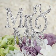 Mr and Mrs Silver Glitter Crystal Bride and Groom Wedding Cake Topper
